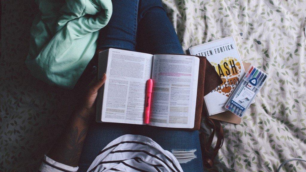 Schreibstil verbessern durch lesen